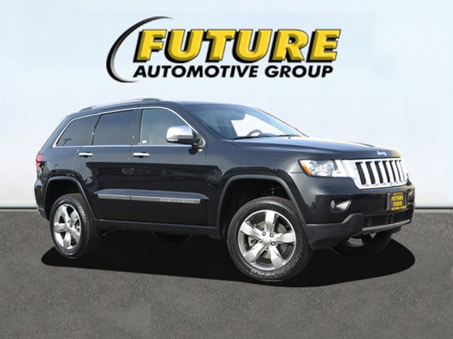 Pre-Owned 2013 Jeep Grand Cherokee Overland 4x4 SUV