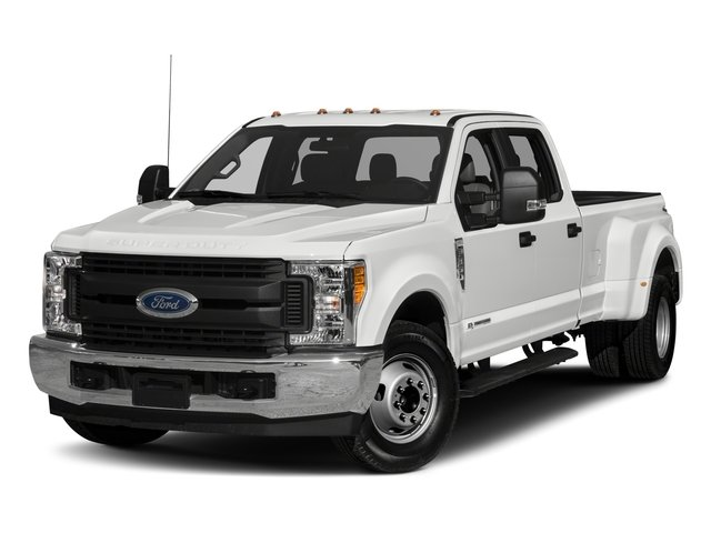 Pre-Owned 2017 Ford Super Duty F-350 DRW Lariat DRW 4WD Crew Cab