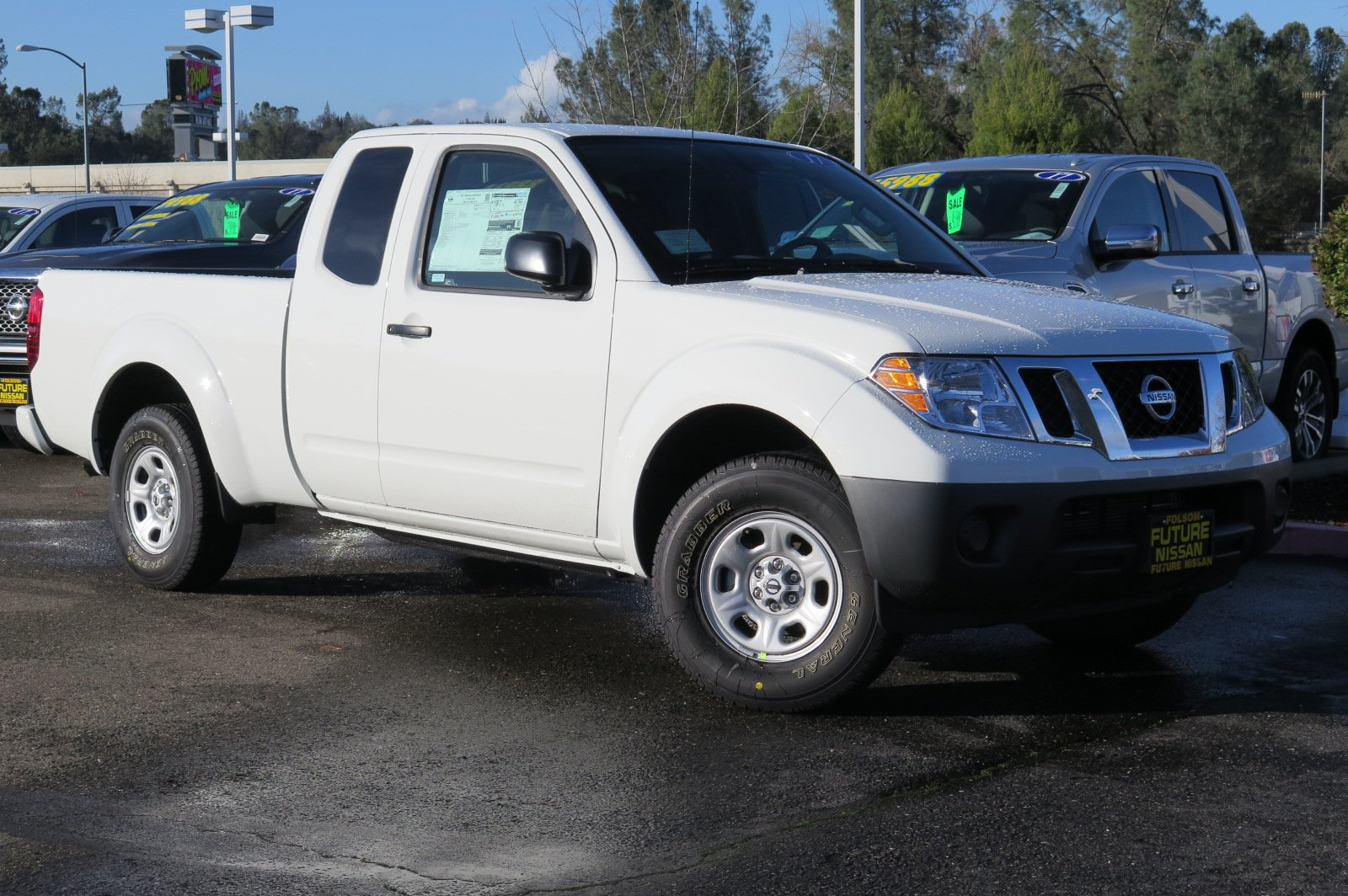 2017 nissan frontier crew cab configurations. Black Bedroom Furniture Sets. Home Design Ideas