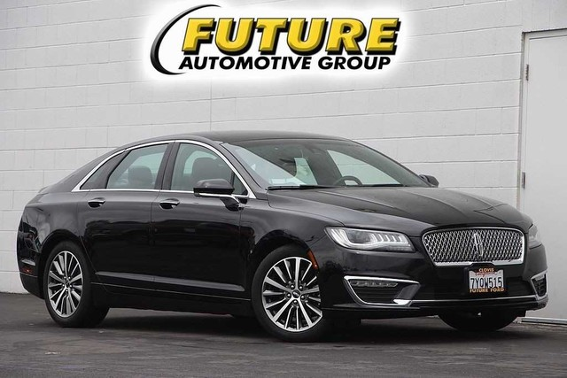 Pre Owned 2017 Lincoln Mkz Select Fwd