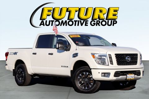 Certified Pre-Owned 2017 Nissan Titan PRO-4X